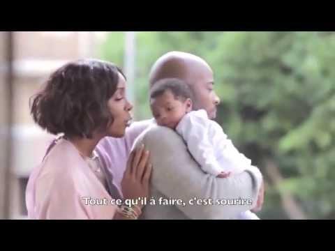 Kelly Rowland et sa petite famille - Essence Magazine