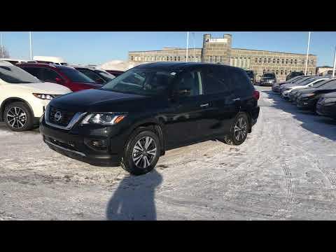 2019 Nissan Pathfinder Walk Around (Canada)