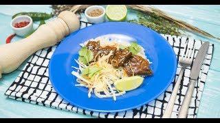 Острая говядина с апельсиновым соусом и рисом и овощной салат с азиатским соусом | Дежурный по кухне