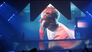 "Justin Bieber ""Sorry"" Live"