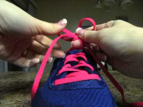 How to tie your shoes (two different ways)