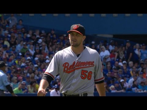 BAL@TOR: O'Day escapes bases-loaded jam