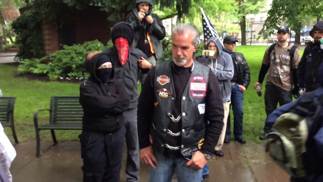 Antifa watch Portland Oregon - YouTube