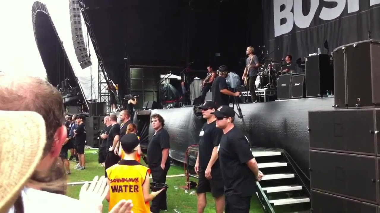 bush-everything-s-zen-live-soundwave-2012-from-the-vault-tracey-anne