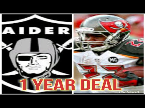 DOUG MARTIN SIGNS 1 YEAR DEAL WITH THE OAKLAND RAIDERS