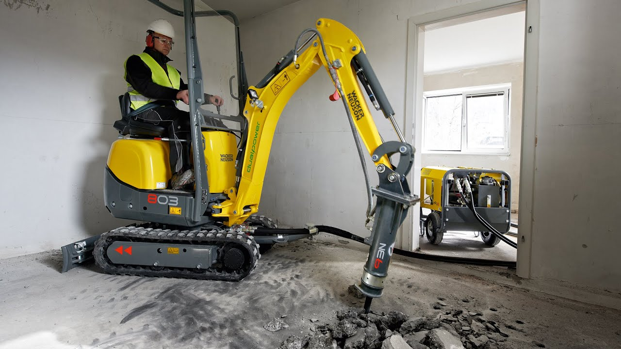 zero emission excavator in action