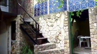 ВИДЕО Комфортный и недорогой отдых в Евпатории  Крым(Всего за 250 рублей в сутки, вы можете отдыхать в частном пансионате. Уютная и располагающая обстановка, крыт..., 2016-01-24T09:13:33.000Z)