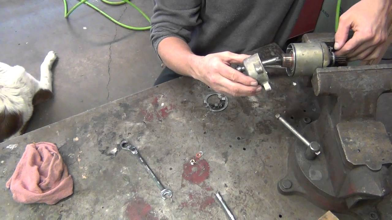 Honda Trx 250 >> Honda 250 ATV starter repair. - YouTube