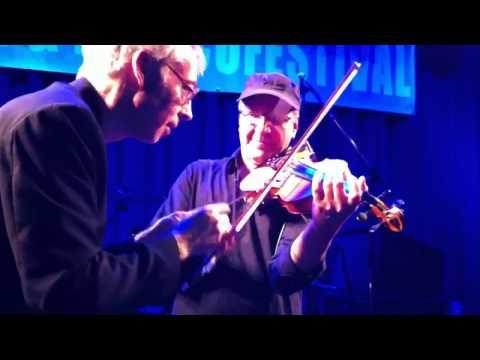 """Cajun Roosters - fiddle sticks """"J'ai été-z-au bal"""""""