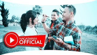 Video Tarzan Boys - 100% Love (Official Music Video NAGASWARA) #music download MP3, 3GP, MP4, WEBM, AVI, FLV April 2018
