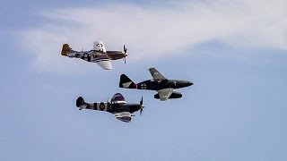 RARE! Me-262 Flight at Wings Over Houston. Formation flight with P-51 Mustang & Spitfire!