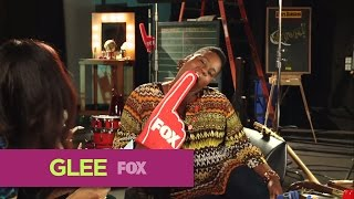 GLEE | FOX Lounge: Alex Does His Best