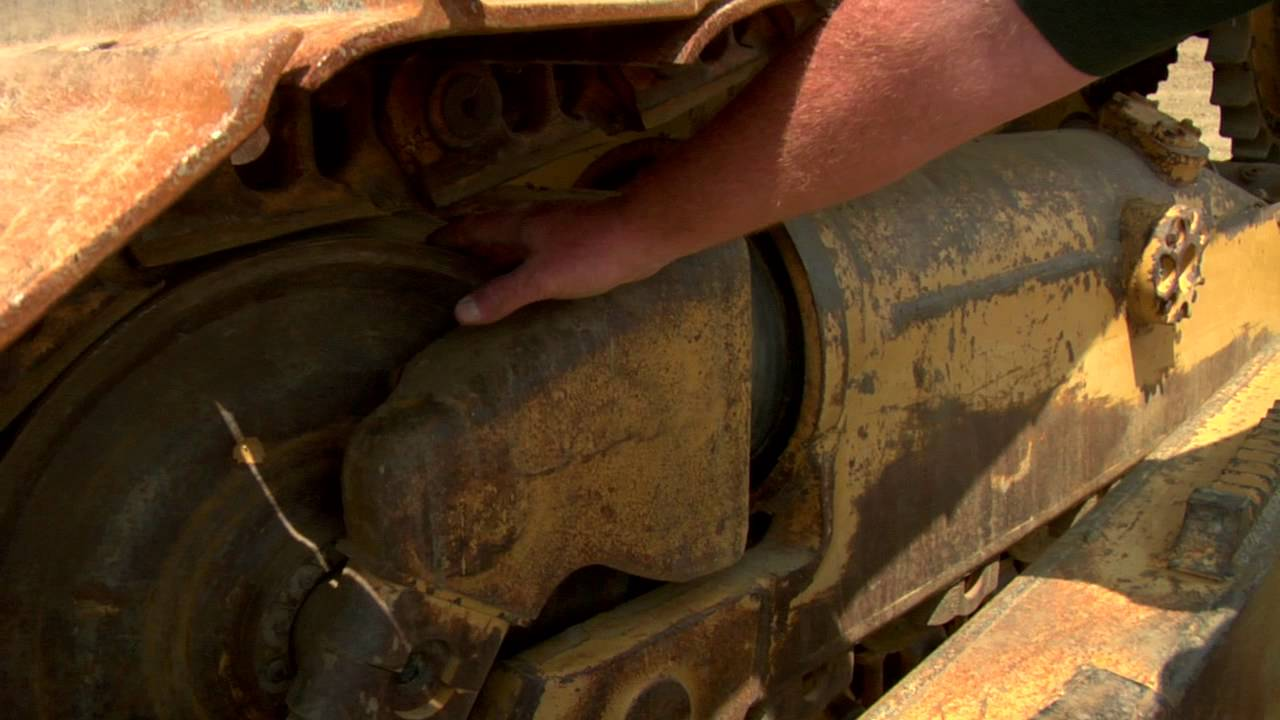 Cat® Dozer | Undercarriage Track Maintenance