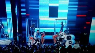 Nicky Jam ft De la Ghetto Arcangel J Balvin Zion - Travesuras remix - Premios Juventud 2015