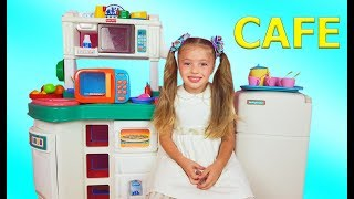 Dominika pretend play with Cafe for kids