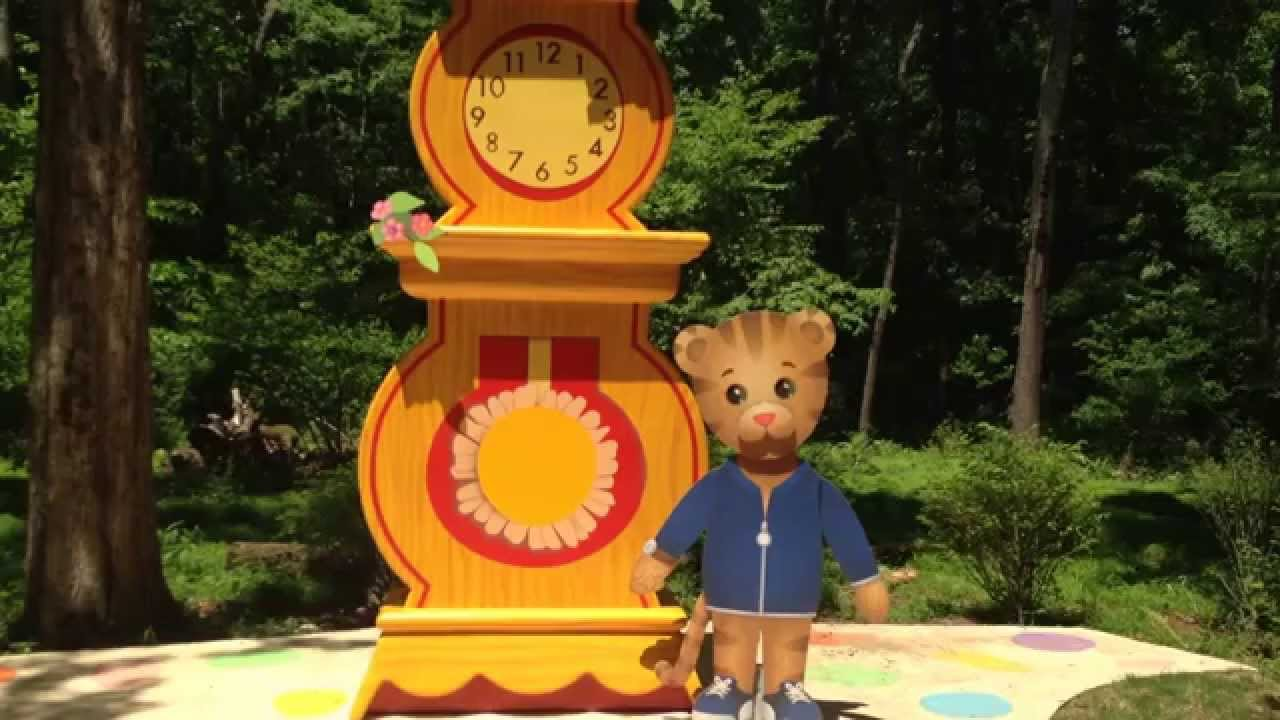 New Daniel Tiger S Neighborhood Ride At Idlewild Park Old Mister Rogers Neighborhood Youtube