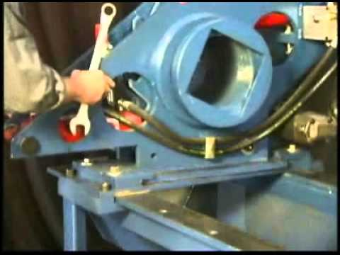 Nut Buster Hydraulic Torque Wrench Youtube