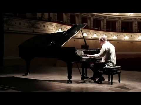 Paolo Marzocchi plays Albanian Folksong N.5 (from Five Albanian Folksongs)