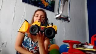 видео Что подарить мальчику на годик