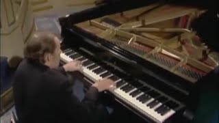"Glenn Gould - Francis Poulenc Choreographic Concerto for Piano & 18 Instruments ""Aubade"""