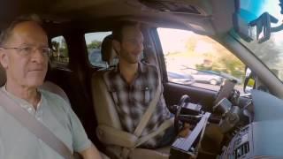 Ник Вуйчич: жизнь без границ - За рулем автомобиля