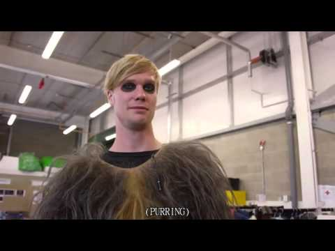 Star Wars: The Force Awakens  Chewbacca Bonus Feature Eng Sub