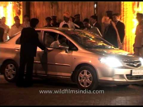 Celebrities Arrive At Aishwarya Rai - Abhishek Bachhan's Ultimate Bollywood Wedding