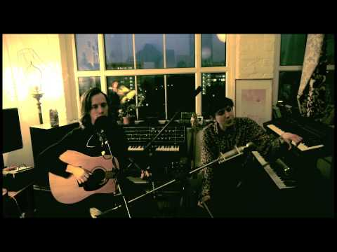 """Fanfarlo -- """"The Beginning and the End"""" (Live acoustic bedroom version)"""