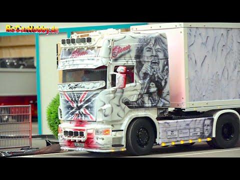 super-rc-trucks-and-construction-machines-at-fair-erfurt-2020-part-5