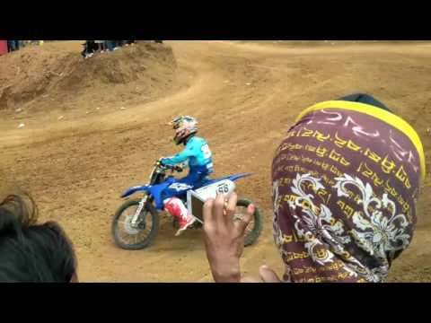Gas track moto cross