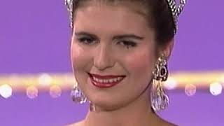 CROWNING MOMENT: Miss Universe 1992