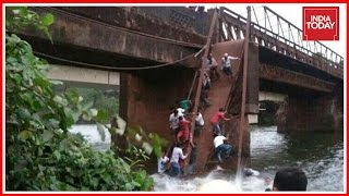 50 People Fall Into River As Bridge Collapses In Goa