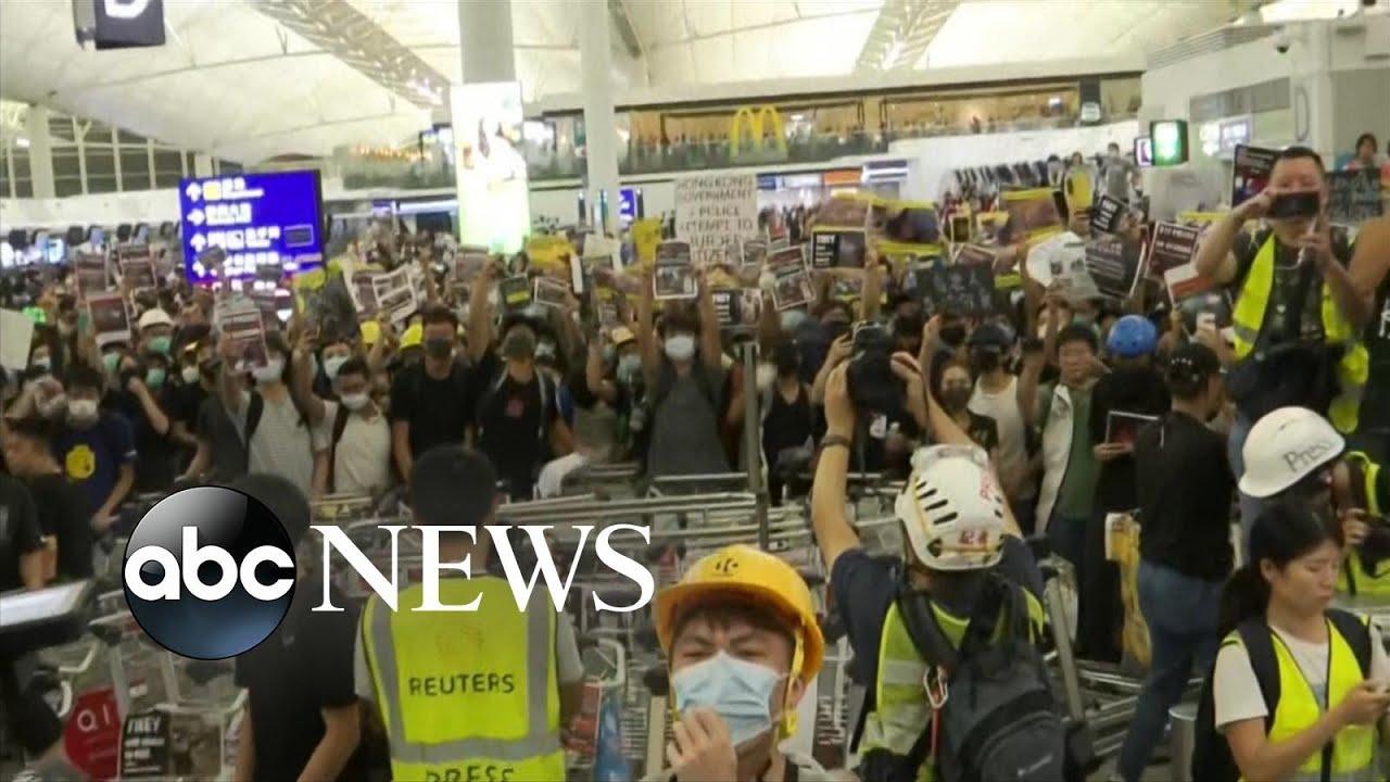 ABC News:Pro-democracy protests turn violent as Hong Kong airport cancels flights again | ABC News