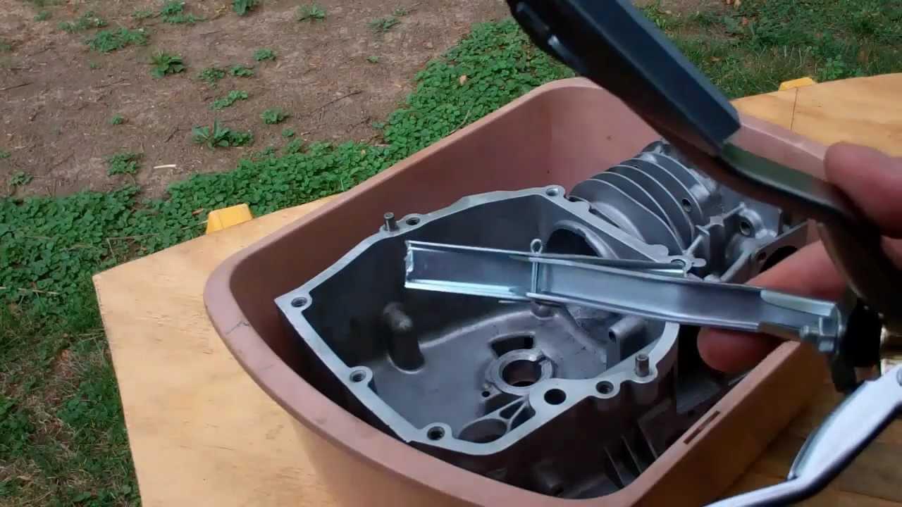 Aluminum Cylinder Honing (Deglazing) Part 11