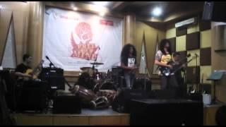 Orkes Perjaka Madu - Stress (cover). Live at Chics Music Rawamangun 2014