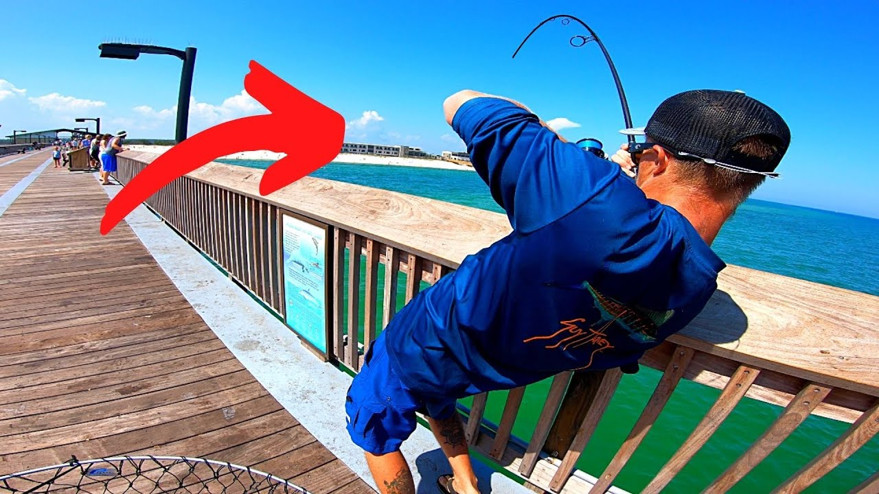 Combat Fishing with Pier MONSTERS!!! ++INSANELY RARE CATCH++