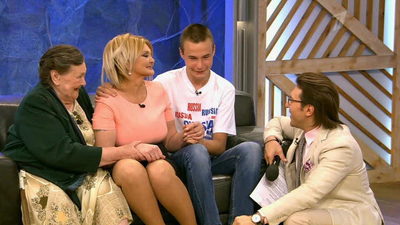 Видео русские мамы воспитывают своих сыновей сидя жопои на лице фото 306-320