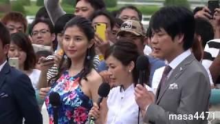 阪神競馬場にて撮影。後ろ姿ばかりですが元阪神の赤星氏もいます。