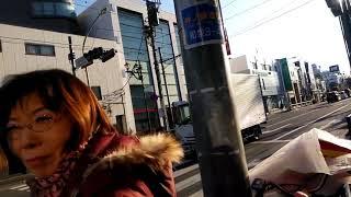 平成31年1月17日朝、杉並区の永福町駅前にて、日本共産党の酒井まさえ氏...