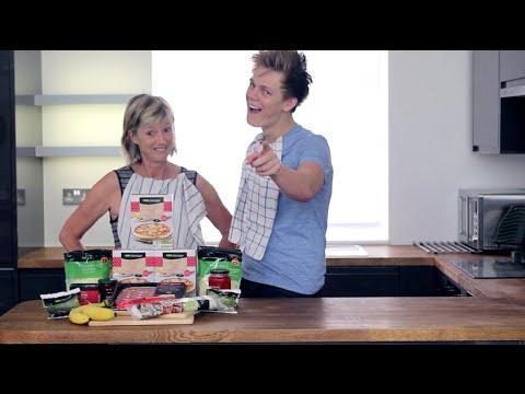 #ad | HOW TO: Make Caspar Lee's Favourite Pizza!
