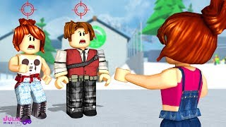 ROBLOX-WHO is MY TARGET? (Knife Capsules)