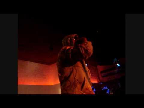 Lord Kossity live 3 Avril 2009 medley jonkanoo riddim , ma benz , tout c' que t'as ....