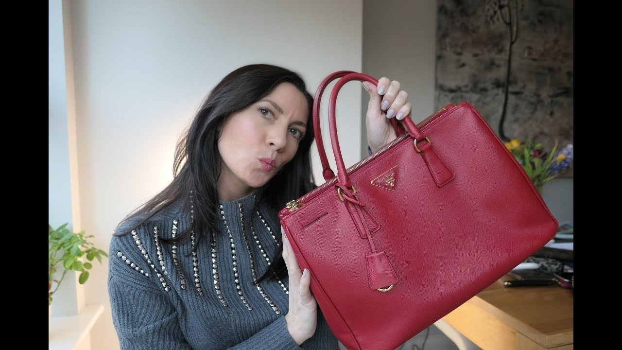 52ccd20e5038 Prada Galleria Tote review and what fits inside - YouTube