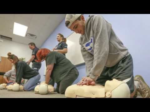 splash-feature:-west-bloomfield-school-district-makes-cpr-classes-mandatory