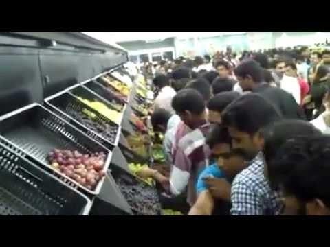 Eat for free @ Lulu Mall Kochi-India's biggest so far !
