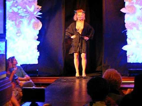 Anna Kubik Kellys Fashion  2012