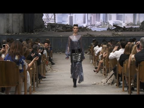 Fall-Winter 2013/14 Haute Couture CHANEL show from YouTube · Duration:  13 minutes 24 seconds