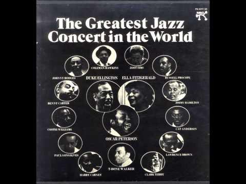 TAKE THE A TRAIN - The Duke Ellington Orchestra feat. Oscar Peterson mp3