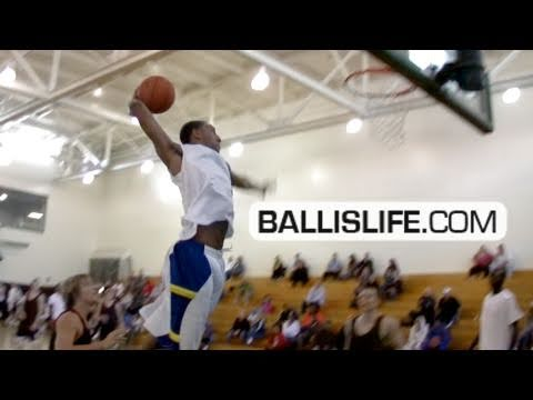 Arizona's 6'8 Derrick Williams Is A Monster! #1 Dr...