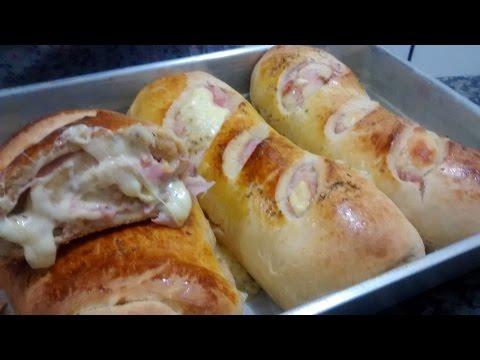 Pão recheado com queijo e presunto!